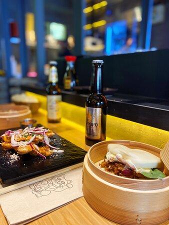 Brochetas Satay & Pork Bao