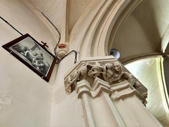 Eglise Et Presbytere A Nalliers