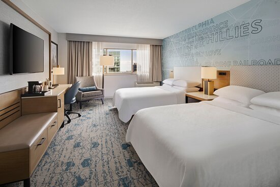 King Deluxe Parkway View Guest Room - Picture of Sheraton Philadelphia Downtown - Tripadvisor
