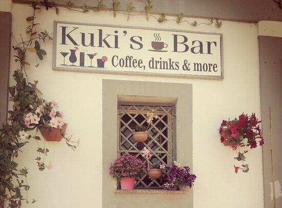 Kuki's Bar
