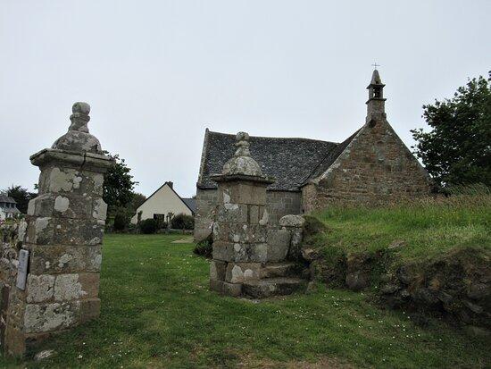 Chapelle Saint-Gorgon a Tregastel