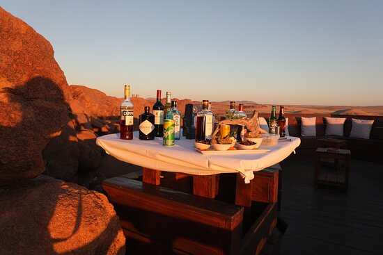 Sorris-Sorris, Namibia: a sundowner with a view