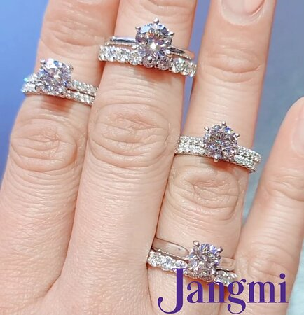 Round cut diamonds on our six and four prong settings