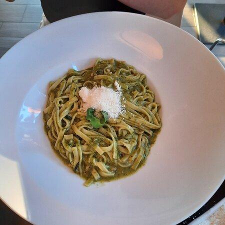 Behalve de zaligste pizza's en pasta's ook nog superlekkere suggesties! 😋😋😋 – Foto de La Cucina, Kontich - Tripadvisor
