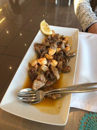 Camarões com alho - Εικόνα του Docaria Almeixar, Bistrô Restaurante, Gale - Tripadvisor