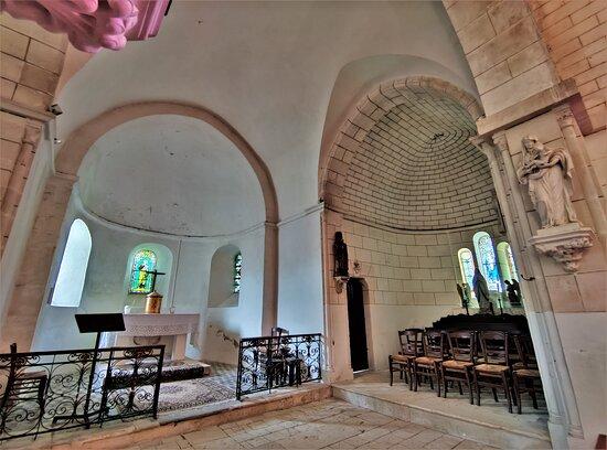 Eglise Saint-pierre De Preuilly-la-ville