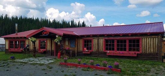 Glennallen, AK: Historical Roadhouse