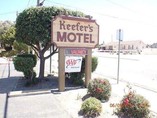 King City, CA: Signage