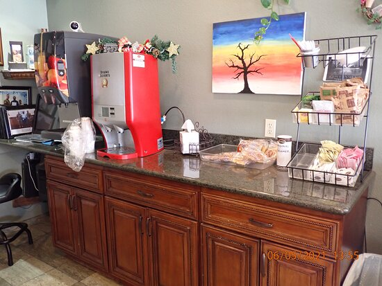 King City, CA: the breakfast pastry area