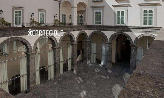 Palazzo Caracciolo Napoli MGallery Hotel Collection, hoteles en Nápoles
