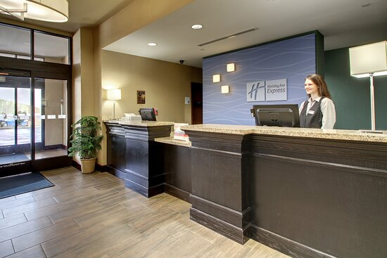 Holiday Inn Express & Suites Natchez South, an IHG hotel