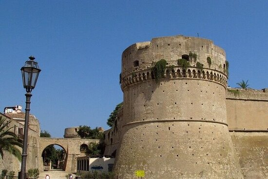 Private Walking Tour from Crotone to Isola Capo Rizzuto