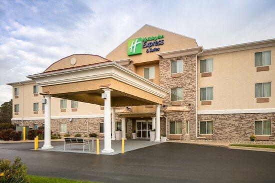Holiday Inn Express & Suites Clinton, an IHG hotel