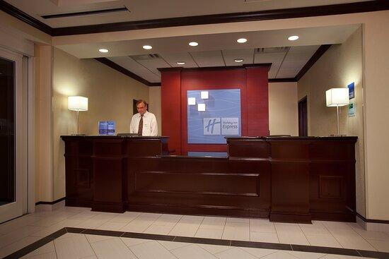 Holiday Inn Express & Suites Atlanta-Johns Creek, an IHG hotel