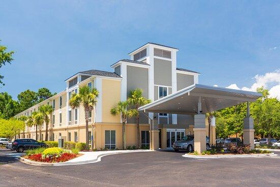 Holiday Inn Express Charleston US Hwy 17 & I-526, an IHG hotel