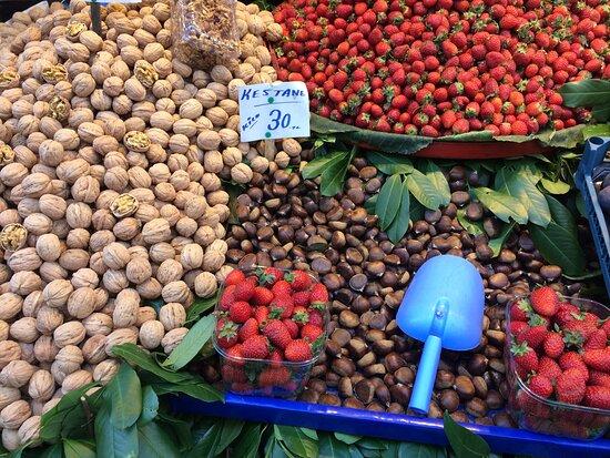 Ataköy Organik Pazarı