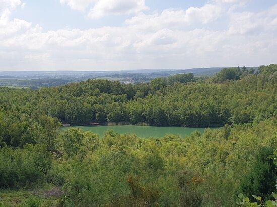 Reserve Naturelle Du Lac Bleu