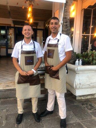 Salah e Mohammed sono i migliori camerieri di Gran Canaria, Alessio il cuoco più creativo!!!😋