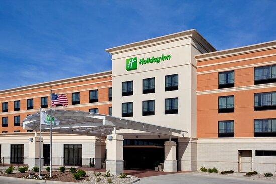 Holiday Inn St. Louis-Fairview Heights, an IHG hotel