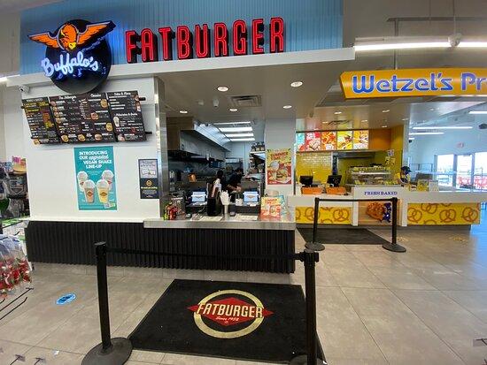 Ehrenberg, AZ: Burgers and wings