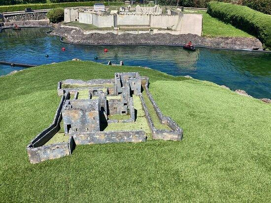 James Fort & Charles Fort, Kinsale