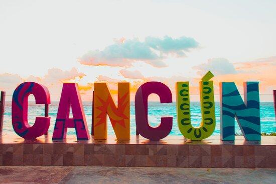 Cancun City & Tours