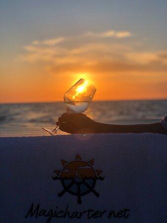 Cala Gracio, Spain: En el mar, la vida es mas sabrosa!