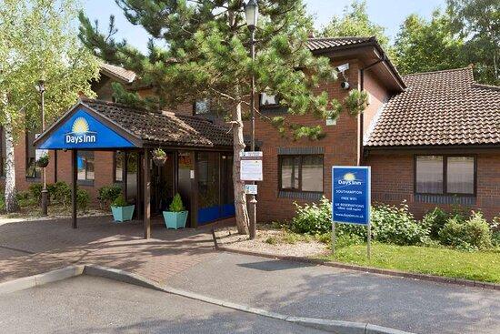 Days Inn by Wyndham Southampton Rownhams