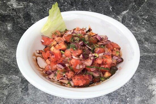 Ezme Salad (Anatolian Tomato Salad)