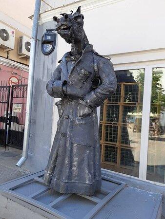 Statuya Kon' v Pal'to