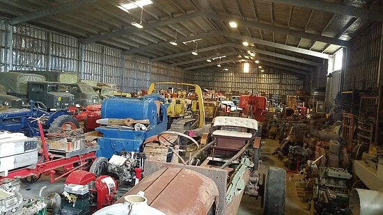 Whangarei, New Zealand: The back shed nicknamed the BIG back shed ...90mts by 40 approx