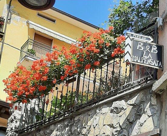 Tavernola Bergamasca照片