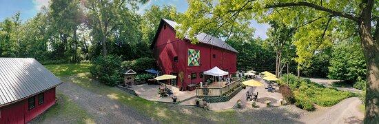 Geneva, NY: Billsboro Barn