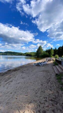 Шикарный вид на озеро