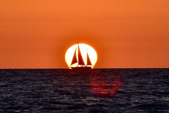 Expérience de voile au coucher du soleil de Suncoast Sailing!