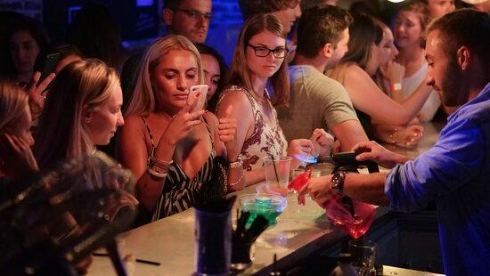 Bar Crawl Girls
