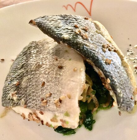 Sassofortino, Italie: Spiola/Sea Bass