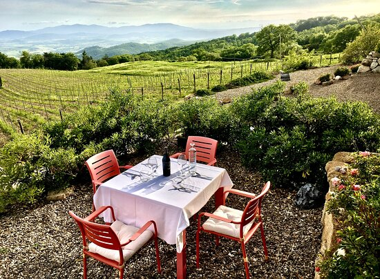 Sassofortino, Italie: Dining with View
