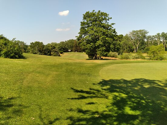 Sandy Pond Golf Course