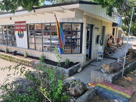 Broken Arrow Rock Shop