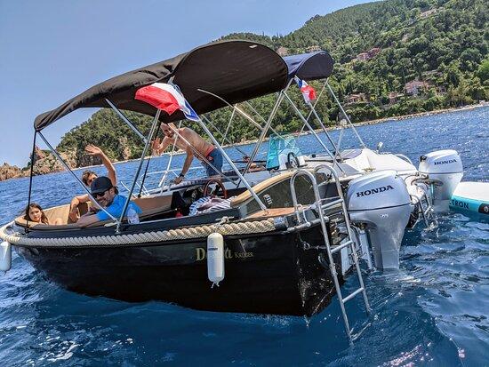 Ti Boat