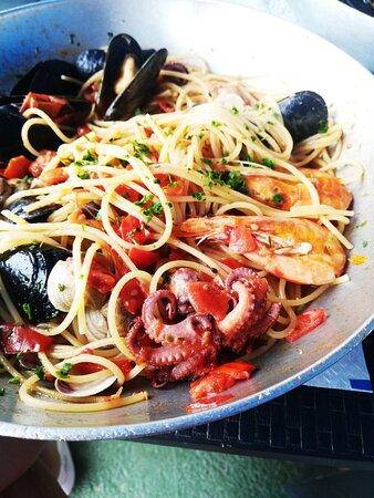 Foto de Belmare Maronti Beach, Isola d'Ischia: Spaghetti ai frutti di mare - Tripadvisor