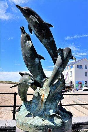 5.  Dolphin Sculpture & Water Feature, Barmouth