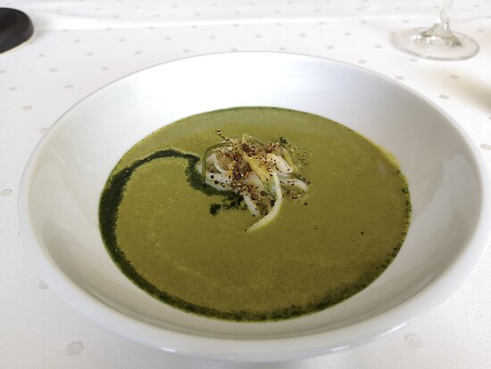 I absolutely fell in love with that wild garlic soup. Perfection!