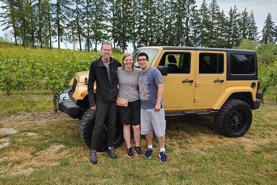 Visite de dégustation de vins en jeep de l'Oregon