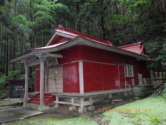 Hiteruda Kannon Takakura Shrine