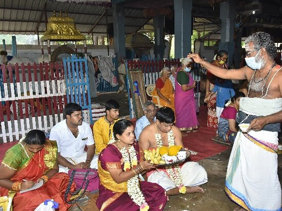 """Contact:9047408916-Whats App Contact:9384724473. www.thirukkadaiyur60thmarriages.com            This historical story further blossoms Thirukkadaiyur. In the Tamil Calendar, during the month of Kaarthigai , on each and every Monday during Somavarams, the Priests performs """"Sankaa-Abishegam"""" with 1008 Sankus to the Deities for get the blessings for the welfare of the people.  BRAHMIN and NON BRAHMIN. thank you..........."""