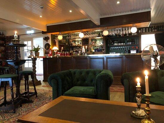 Bilder på Bokhandlarens Pub – Bilder på Sydkoster - Tripadvisor
