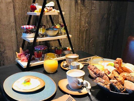 Ingelmunster, België: Sfeerbeeld ontbijt Buk Sta Bie