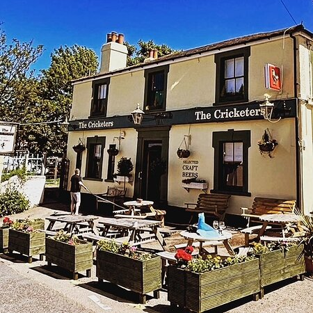 The Cricketers Knoll